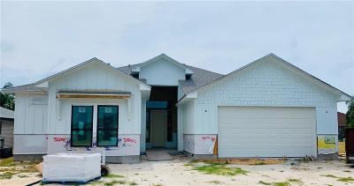 Corpus Christi Single Family Home For Sale: 15242 Capstan St