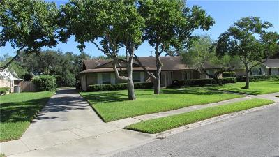 Corpus Christi Single Family Home For Sale: 421 Cape Henry Dr