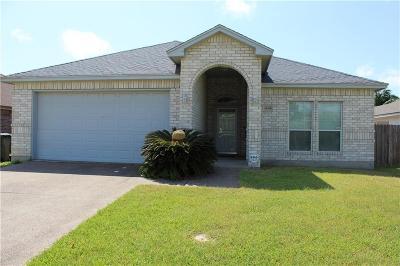 Corpus Christi Single Family Home For Sale: 2418 Luzius Dr