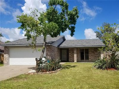 Ingleside Single Family Home For Sale: 2327 Timberleaf Cir