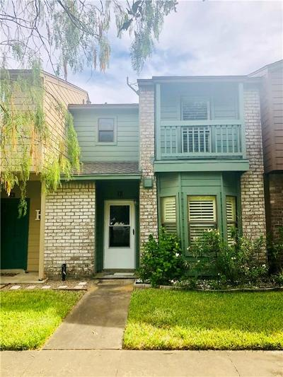 Corpus Christi Condo/Townhouse For Sale: 2705 Saint Joseph St #I