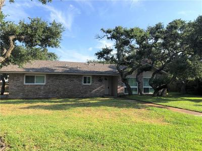 Rockport Single Family Home For Sale: 1401 Dana Dr
