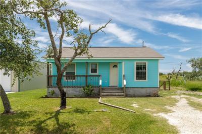 Rockport Single Family Home For Sale: 330 Club Oak Ln