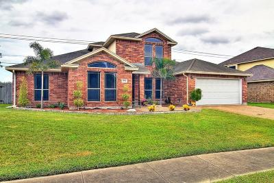 Corpus Christi Single Family Home For Sale: 7802 Regal St