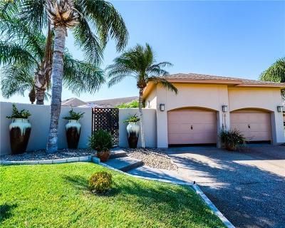 Corpus Christi Single Family Home For Sale: 6114 Garden Ct