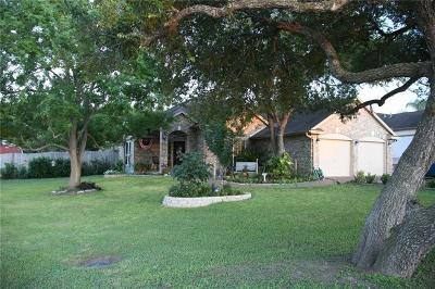 Corpus Christi Single Family Home For Sale: 4422 Sue Circ