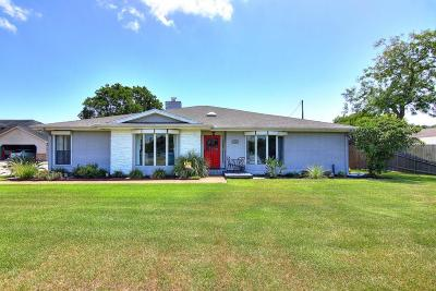 Corpus Christi Single Family Home For Sale: 6941 Lake View Dr