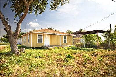 Robstown Single Family Home For Sale: 3320 & 3322 County Rd 38a