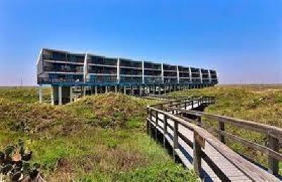 Port Aransas Condo/Townhouse For Sale: 5793 Hwy 361 - La Mirage #212