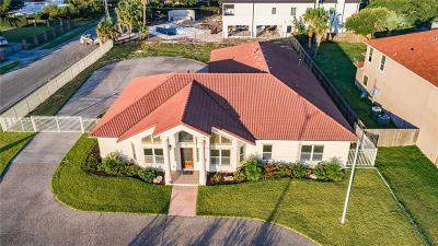 Corpus Christi Single Family Home For Sale: 3009 Ocean Dr