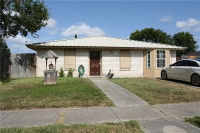 Corpus Christi Single Family Home For Sale: 2846 Tuscarora Dr