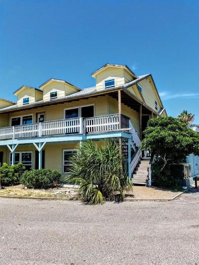 Rockport Condo/Townhouse For Sale: 71 Nassau Dr #304