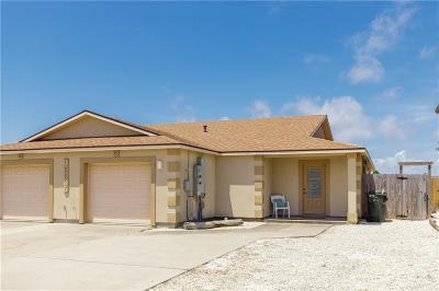 Corpus Christi Single Family Home For Sale: 15617 Cruiser St #B