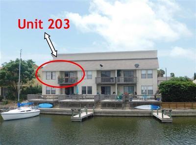 Corpus Christi Condo/Townhouse For Sale: 13910 Mingo Cay #203