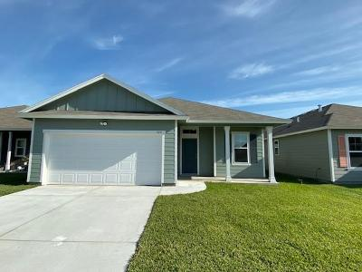 Aransas Pass Single Family Home For Sale: 985 Topwater
