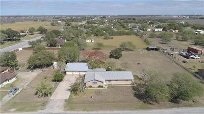 Robstown Single Family Home For Sale: 3684 Jack Dr