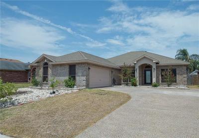 Corpus Christi Single Family Home For Sale: 6110 Sir Jack St