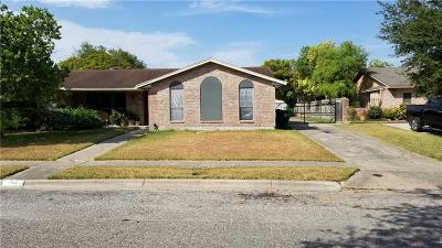 Corpus Christi Single Family Home For Sale: 11612 Turkey Creek Dr