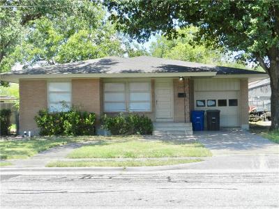 Corpus Christi Single Family Home For Sale: 5722 Hampshire