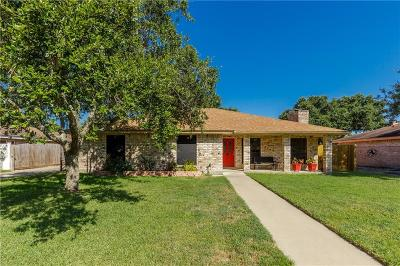 Corpus Christi Single Family Home For Sale: 3122 Seafoam Dr
