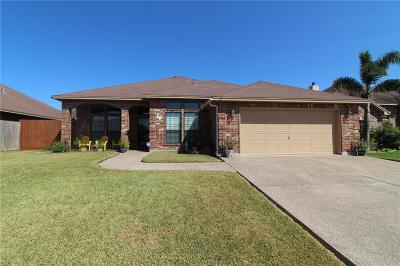 Corpus Christi Single Family Home For Sale: 3818 Priscilla Dr