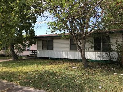 Corpus Christi Single Family Home For Sale: 6414 Bernice Dr