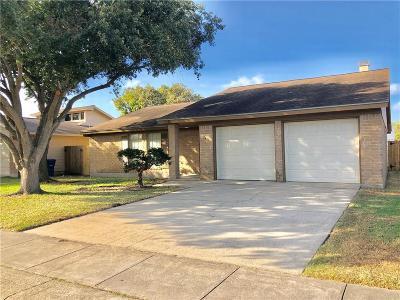 Corpus Christi Single Family Home For Sale: 7438 Spitfire Dr