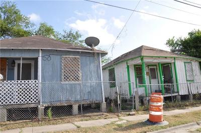 Corpus Christi Single Family Home For Sale: 1205 Winnebago St