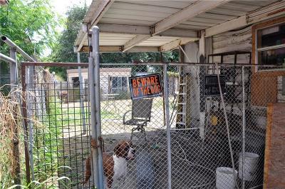 Corpus Christi Single Family Home For Sale: 806 16th St