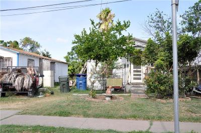 Corpus Christi Single Family Home For Sale: 826 16th St