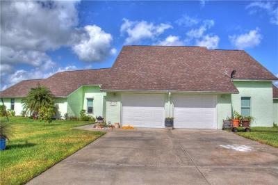 Rockport Single Family Home For Sale: 696 Copano Ridge