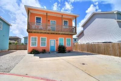 Port Aransas Single Family Home For Sale: 616 S Gulf Village St