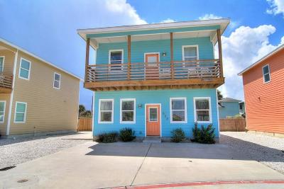Port Aransas Single Family Home For Sale: 622 S Gulf Village St