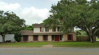 Corpus Christi Single Family Home For Sale: 4302 Saint George Dr