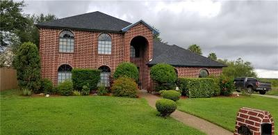 Corpus Christi Single Family Home For Sale: 4115 Castle Valley Drive
