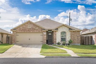 Corpus Christi TX Single Family Home For Sale: $199,999