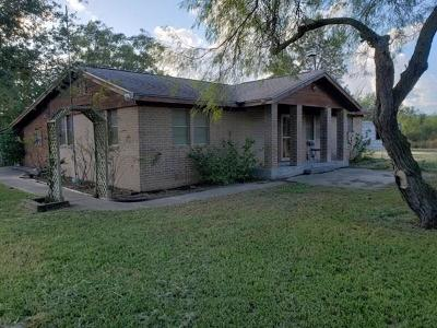 Kingsville Single Family Home For Sale: 367 N Fm 2619