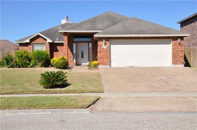 Corpus Christi Single Family Home For Sale: 6866 Round Table St