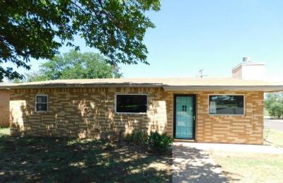 Seminole TX Single Family Home For Sale: $97,600