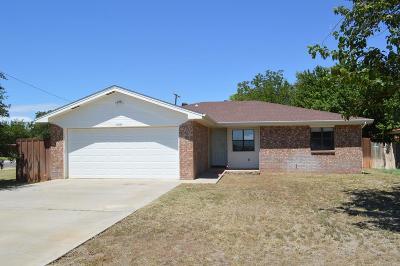 Seminole TX Single Family Home For Sale: $111,000