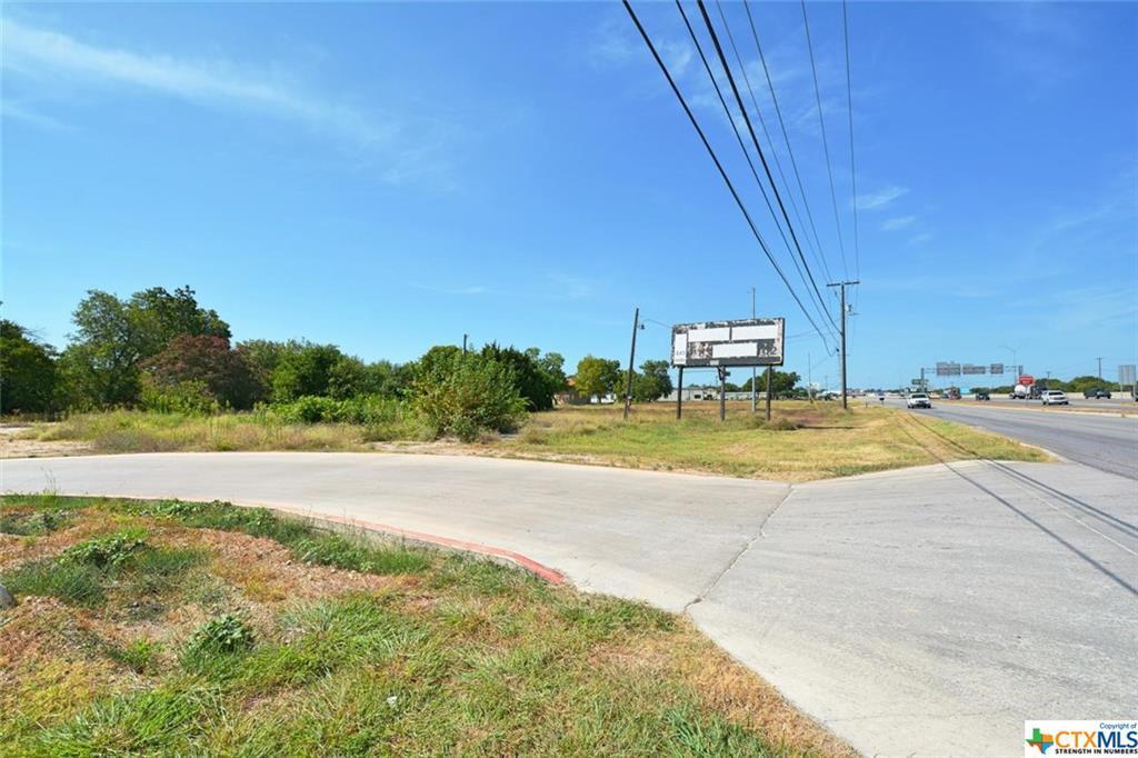 2050 N Ih 35 New Braunfels, TX  | MLS# 184789 | New