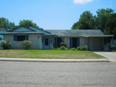 Single Family Home Sold: 1012 Richmond Dr