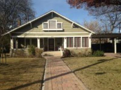 Single Family Home Closed: 104 Bluebonnet