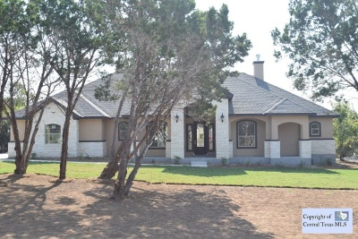 Single Family Home Closed: 1409 Chisholm Trail