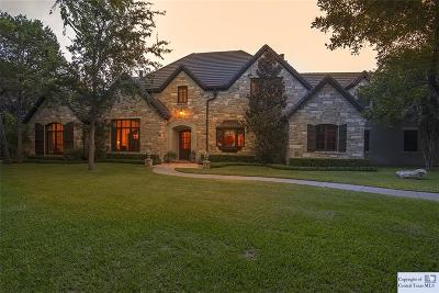 Comal County Single Family Home For Sale: 1052 Riverforest Drive
