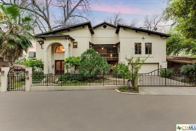 McQueeney Single Family Home For Sale: 390 Isle Of View Drive