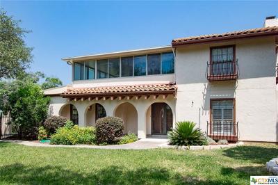 Canyon Lake Single Family Home For Sale: 111 Toye Blvd.