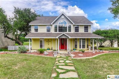 Canyon Lake Single Family Home For Sale: 451 Watts Lane