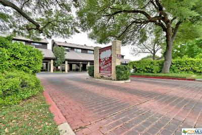 New Braunfels Condo/Townhouse For Sale: 371 Lincoln #B101