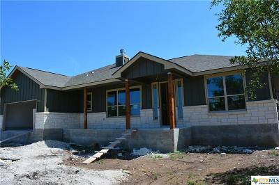 Canyon Lake Single Family Home For Sale: 730 Lazy Oaks Drive